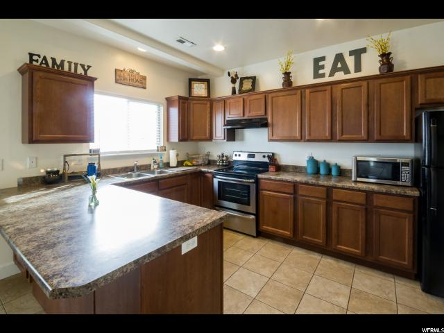 Additional photo for property listing at 379 W 2800 S 379 W 2800 S Vernal, Utah 84078 United States