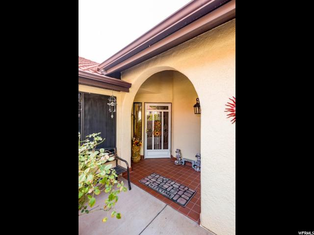 Additional photo for property listing at 301 S 1200 E 301 S 1200 E Unit: 83 St. George, Utah 84790 États-Unis
