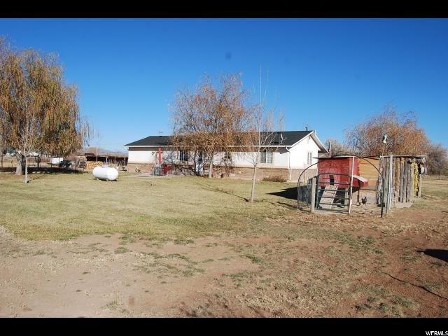 Additional photo for property listing at 725 N 5750 E 725 N 5750 E Fort Duchesne, Utah 84026 United States