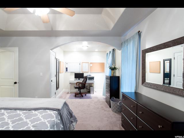 Additional photo for property listing at 211 W CHASE Lane 211 W CHASE Lane Centerville, Utah 84014 Estados Unidos