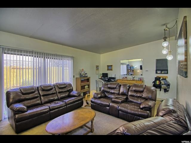 Additional photo for property listing at 832 E ENCHANTED Drive 832 E ENCHANTED Drive Midvale, Юта 84047 Соединенные Штаты