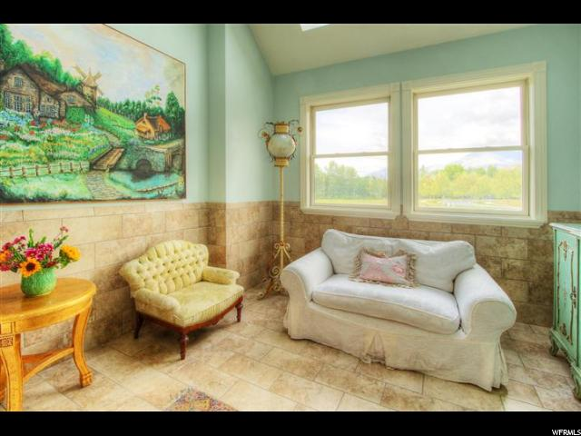 Additional photo for property listing at 412 W 4150 N 412 W 4150 N Provo, Utah 84604 États-Unis
