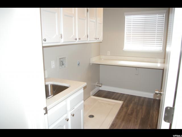 Additional photo for property listing at 667 N 2200 W 667 N 2200 W West Point, Utah 84015 Estados Unidos