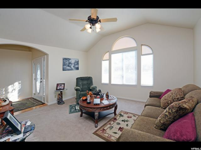 Additional photo for property listing at 160 N LAKEVIEW 160 N LAKEVIEW Stansbury Park, Юта 84074 Соединенные Штаты