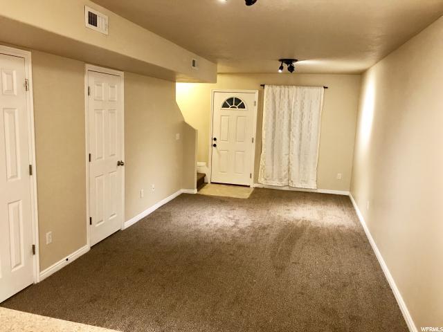 Additional photo for property listing at 475 N REDWOOD Road 475 N REDWOOD Road Unit: 51 Salt Lake City, Utah 84116 États-Unis