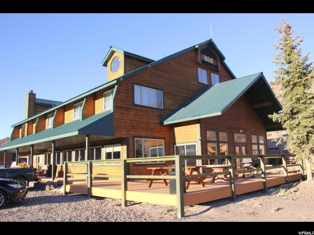 Comercial por un Venta en 23-0081-0651, 225 E NORTH SHORE Road 225 E NORTH SHORE Road Panguitch, Utah 84759 Estados Unidos