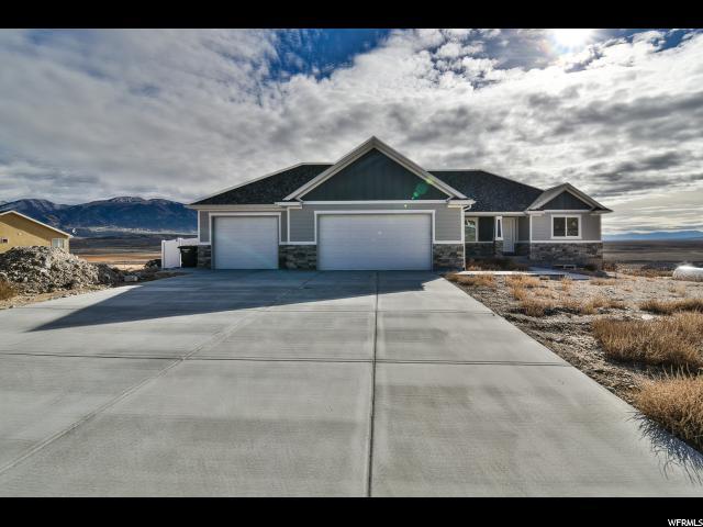 Один семья для того Продажа на 1711 W BIG SKY Drive 1711 W BIG SKY Drive Stockton, Юта 84071 Соединенные Штаты