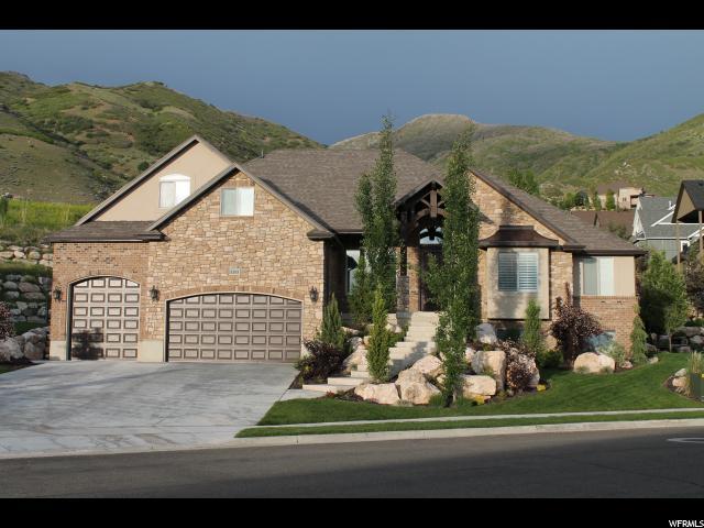 Один семья для того Продажа на 1203 DEER RIDGE Road 1203 DEER RIDGE Road Fruit Heights, Юта 84037 Соединенные Штаты
