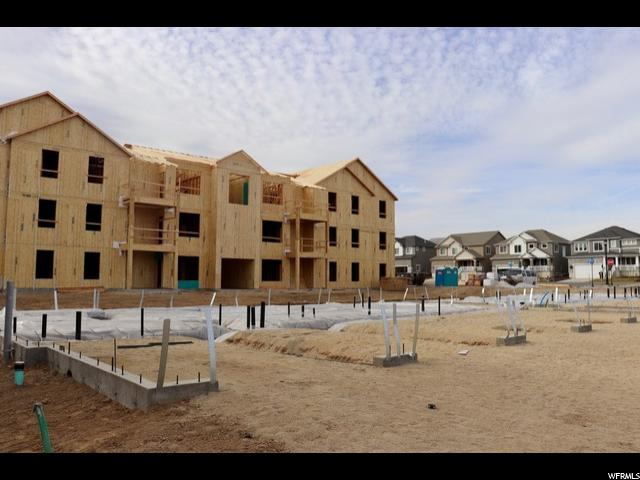 Additional photo for property listing at 13222 S DOMINICA Lane 13222 S DOMINICA Lane Unit: J301 Herriman, Utah 84096 États-Unis