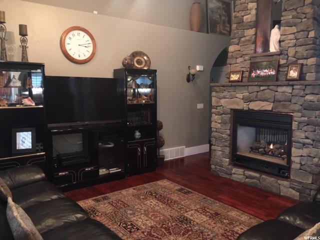 Additional photo for property listing at 2848 W 325 N 2848 W 325 N Layton, Utah 84041 United States