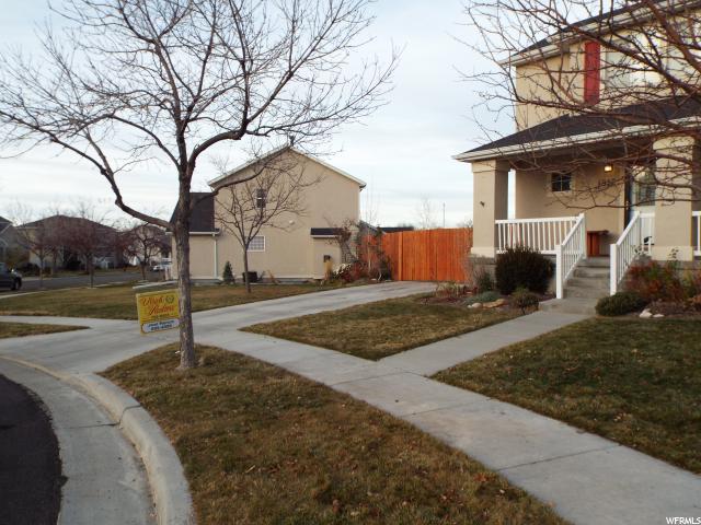 Additional photo for property listing at 1812 N 210 W 1812 N 210 W Tooele, Utah 84074 Estados Unidos