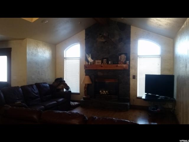 Additional photo for property listing at 3407 W 3600 S 3407 W 3600 S West Haven, Utah 84401 United States