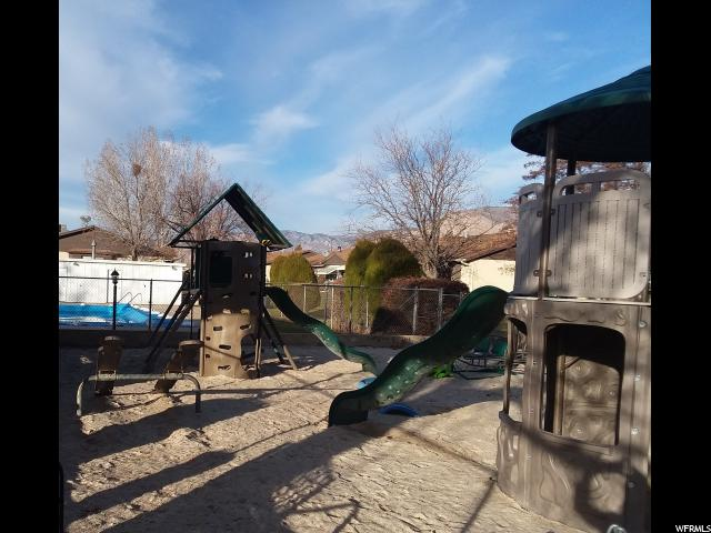 Additional photo for property listing at 5467 S 975 E 5467 S 975 E South Ogden, Utah 84405 United States