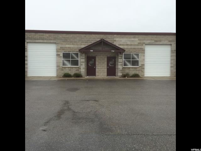 Additional photo for property listing at 714 W 1725 N 714 W 1725 N Logan, 犹他州 84321 美国