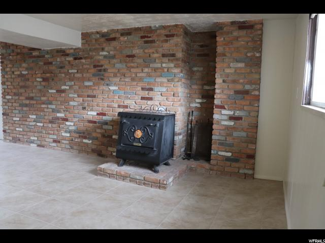 Additional photo for property listing at 558 W 2125 N 558 W 2125 N West Bountiful, Utah 84087 United States