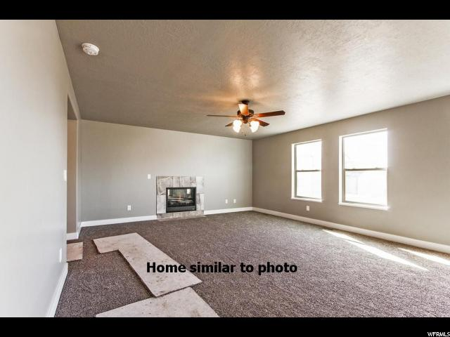 Additional photo for property listing at 2173 W 3150 S 2173 W 3150 S West Haven, Юта 84401 Соединенные Штаты