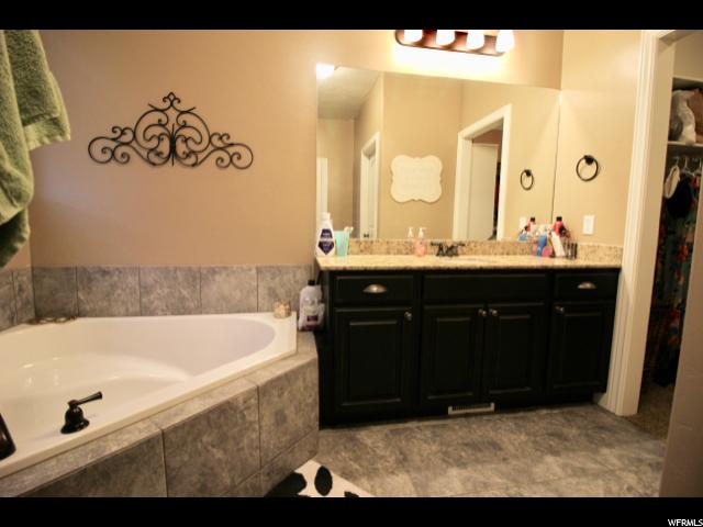 Additional photo for property listing at 694 S 150 E 694 S 150 E Smithfield, Юта 84335 Соединенные Штаты