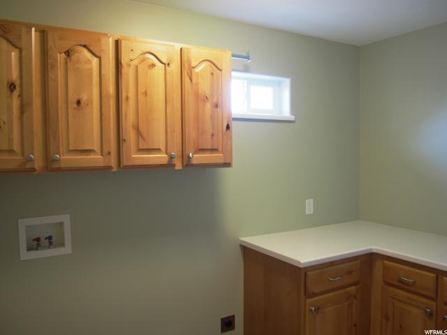 Additional photo for property listing at 2475 S 1475 W 2475 S 1475 W Syracuse, 犹他州 84075 美国