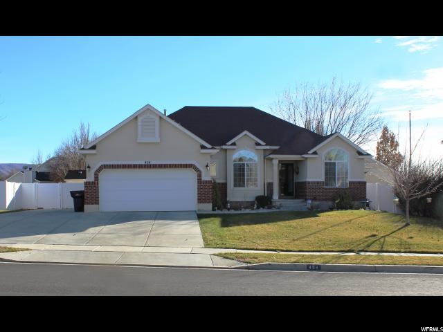 单亲家庭 为 销售 在 454 E WILDE CHERRY WAY 454 E WILDE CHERRY WAY 桑迪, 犹他州 84070 美国