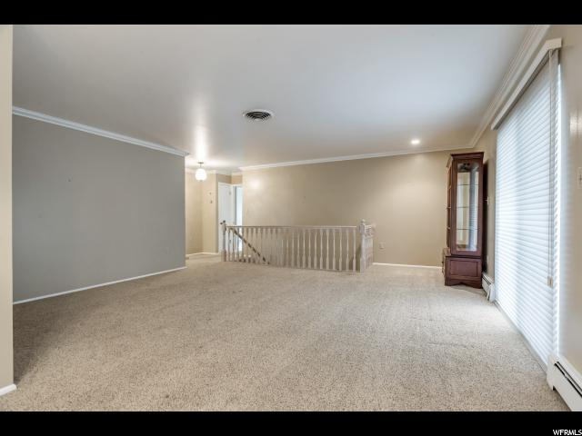 Additional photo for property listing at 1872 E LAURELWOOD Circle 1872 E LAURELWOOD Circle Holladay, Utah 84121 United States