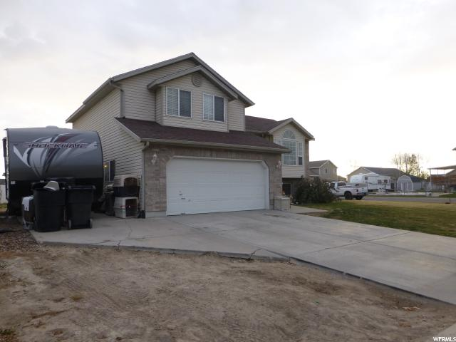Additional photo for property listing at 3895 W 1210 S 3895 W 1210 S Syracuse, Utah 84075 États-Unis