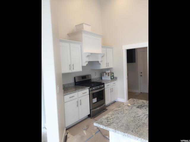 Additional photo for property listing at 1852 W HELEN WAY 1852 W HELEN WAY Unit: 9 梅普尔顿, 犹他州 84664 美国