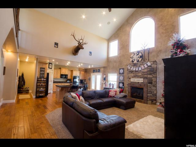 Additional photo for property listing at 1815 N 1450 E 1815 N 1450 E Vernal, Utah 84078 États-Unis