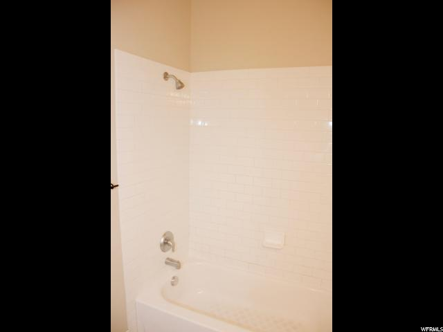 Additional photo for property listing at 5485 W 10890 N 5485 W 10890 N Highland, 犹他州 84003 美国
