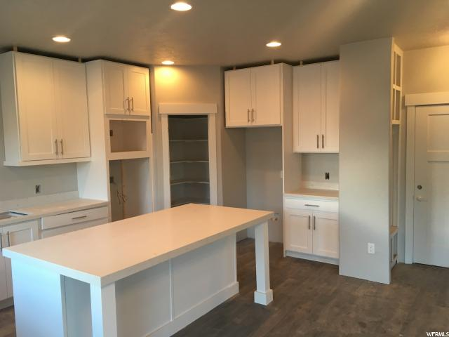 Additional photo for property listing at 38 W HACKBERRY Road 38 W HACKBERRY Road Unit: 6109 Vineyard, Utah 84058 United States