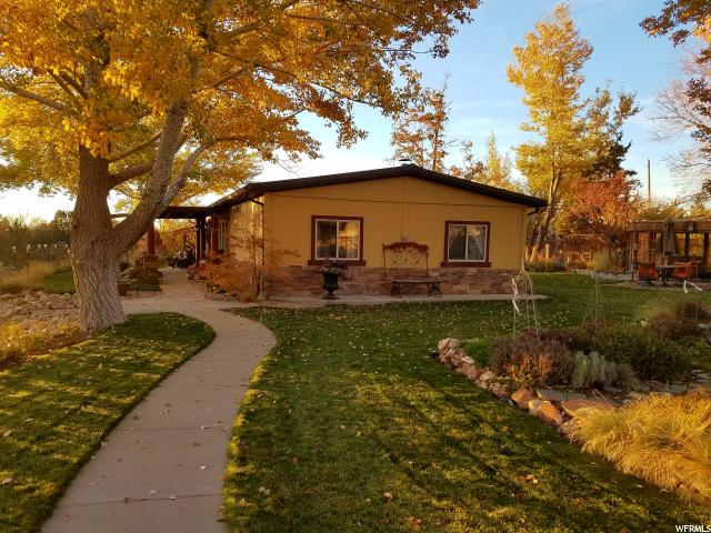 Single Family for Sale at 293 SUNSET Lane 293 SUNSET Lane Terra, Utah 84022 United States