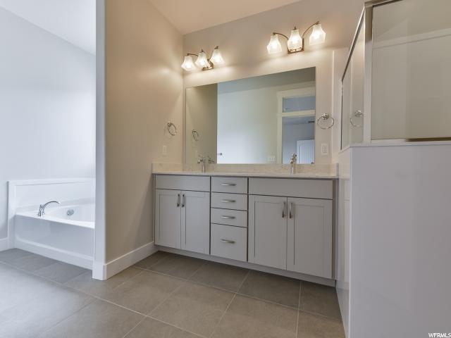Additional photo for property listing at 371 S DOUBLEDAY Street 371 S DOUBLEDAY Street Unit: 17 Mapleton, Юта 84664 Соединенные Штаты