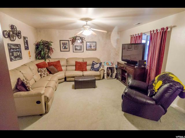 Additional photo for property listing at 453 E 1370 N 453 E 1370 N Tooele, 犹他州 84074 美国