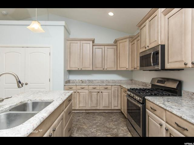 Additional photo for property listing at 2099 E RUSTIC Drive 2099 E RUSTIC Drive St. George, Юта 84790 Соединенные Штаты