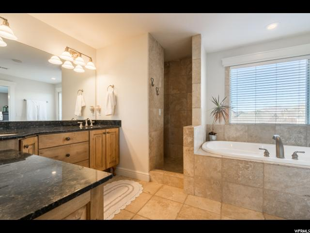 Additional photo for property listing at 9949 N WELLINGTON Court 9949 N WELLINGTON Court Highland, Utah 84003 États-Unis