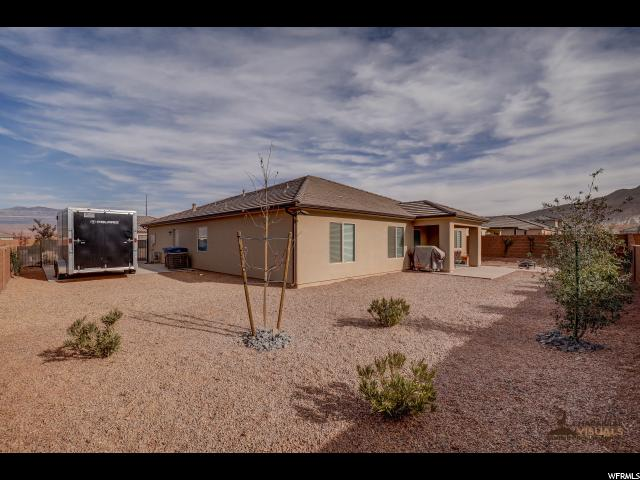 Additional photo for property listing at 972 E 3740 S 972 E 3740 S Washington, Utah 84780 États-Unis