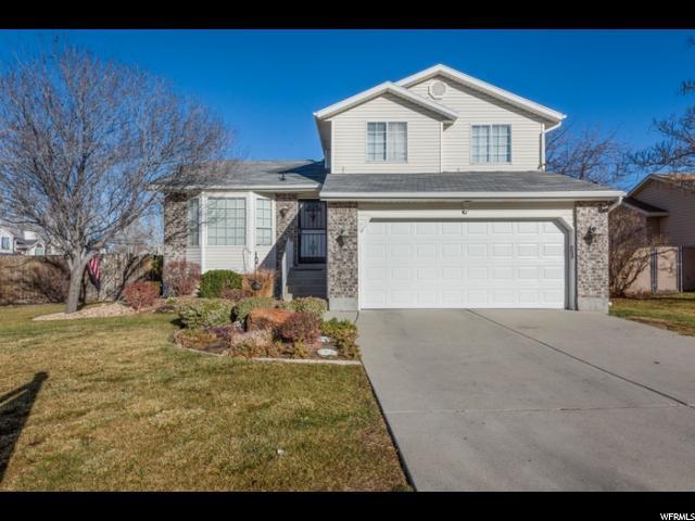 单亲家庭 为 销售 在 5726 W SUNBOW 5726 W SUNBOW Kearns, 犹他州 84118 美国