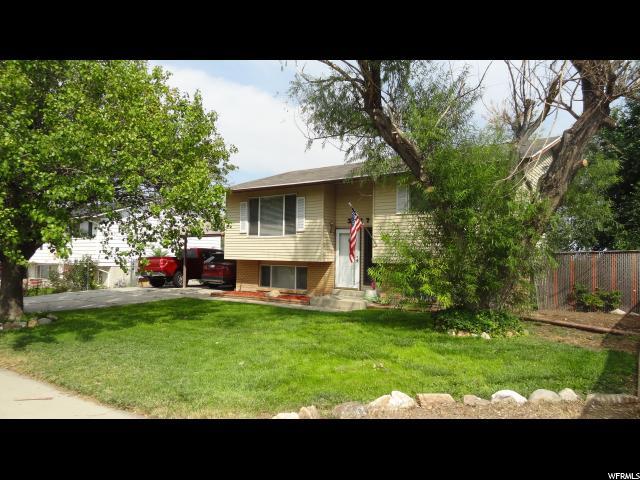 Unique la famille pour l Vente à 3217 S PATRICK Drive 3217 S PATRICK Drive Magna, Utah 84044 États-Unis