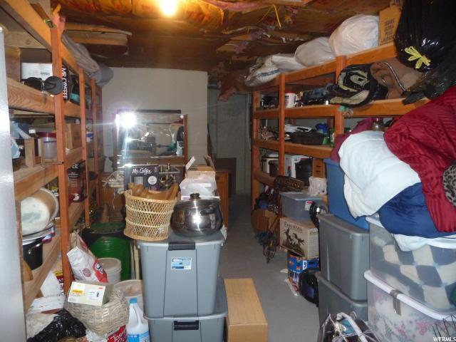 Additional photo for property listing at 85 N 200 W 85 N 200 W Unit: 42 Mount Pleasant, Utah 84647 États-Unis