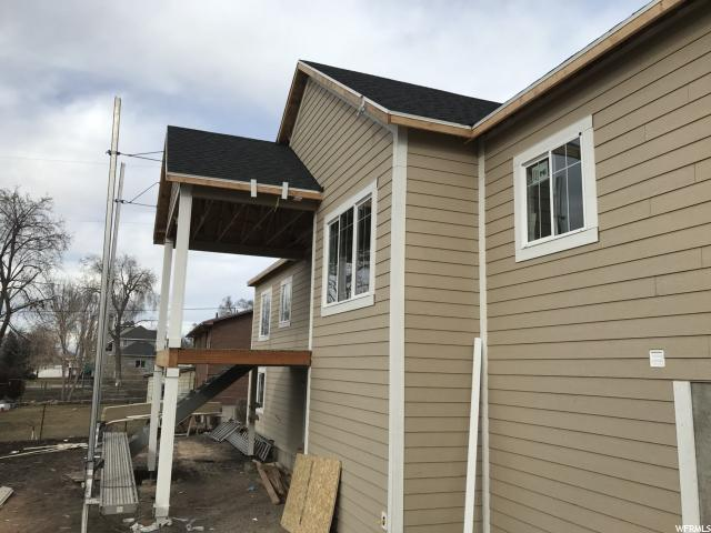 Additional photo for property listing at 2450 N 2825 W 2450 N 2825 W Plain City, Utah 84404 États-Unis