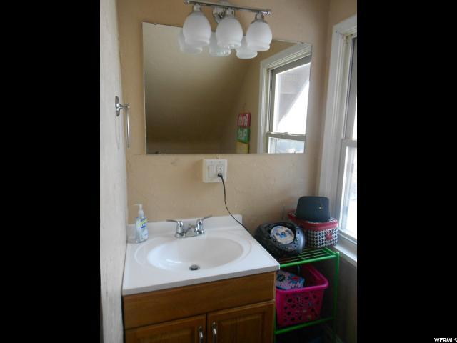 Additional photo for property listing at 4350 W 5900 N 4350 W 5900 N Bear River City, Utah 84301 United States