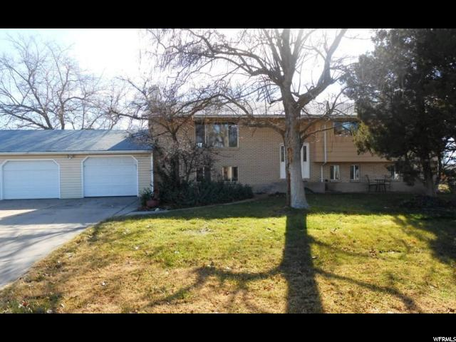 Additional photo for property listing at 4637 W 2800 S 4637 W 2800 S Taylor, Utah 84401 États-Unis