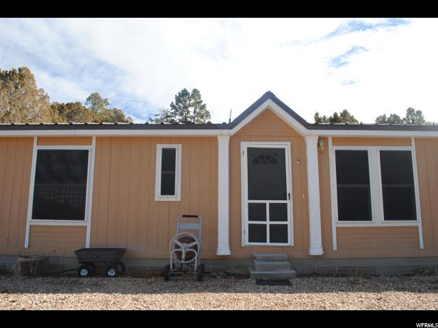 Unique la famille pour l Vente à 34500 N 10095 E 34500 N 10095 E Indianola, Utah 84629 États-Unis