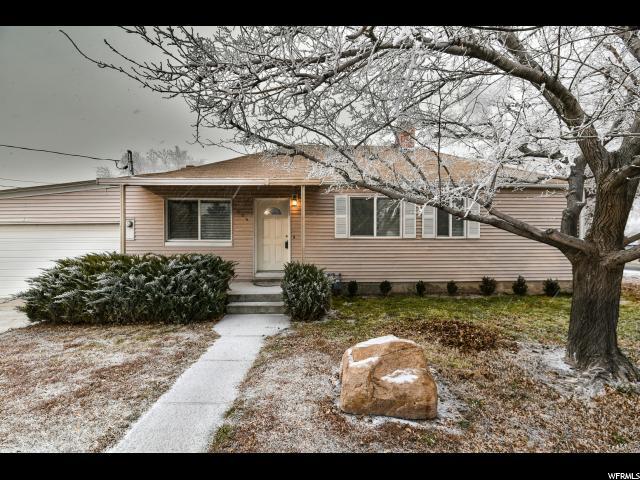 单亲家庭 为 销售 在 304 W MAIN Street 304 W MAIN Street Grantsville, 犹他州 84029 美国