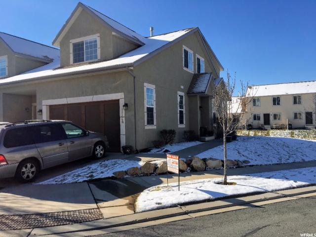 Maison accolée pour l Vente à 1124 S 2910 E 1124 S 2910 E Spanish Fork, Utah 84660 États-Unis