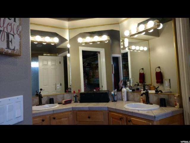 731 N BANDOLIER LN Washington, UT 84780 - MLS #: 1495015