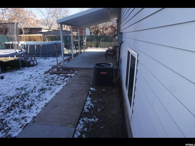 1940 W REDCLOVER DR Salt Lake City, UT 84116 - MLS #: 1495098