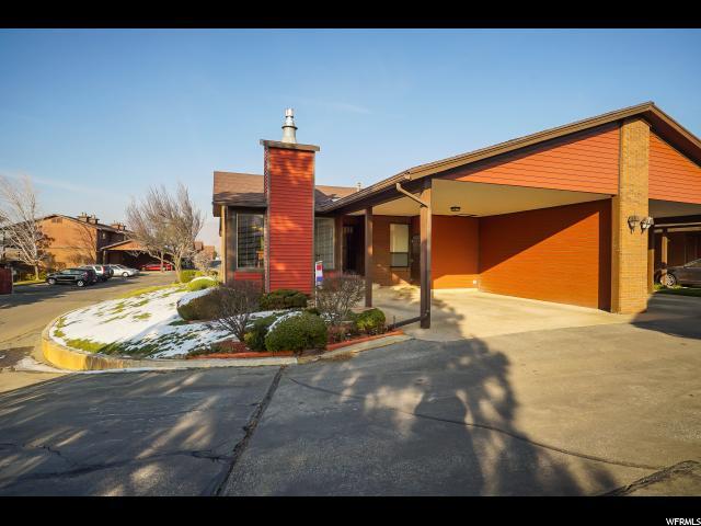 شقة بعمارة للـ Sale في 1302 E 2025 S 1302 E 2025 S Unit: 13 Ogden, Utah 84401 United States