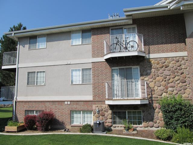 Appartement en copropriété pour l Vente à 1341 N 1230 W 1341 N 1230 W Orem, Utah 84057 États-Unis