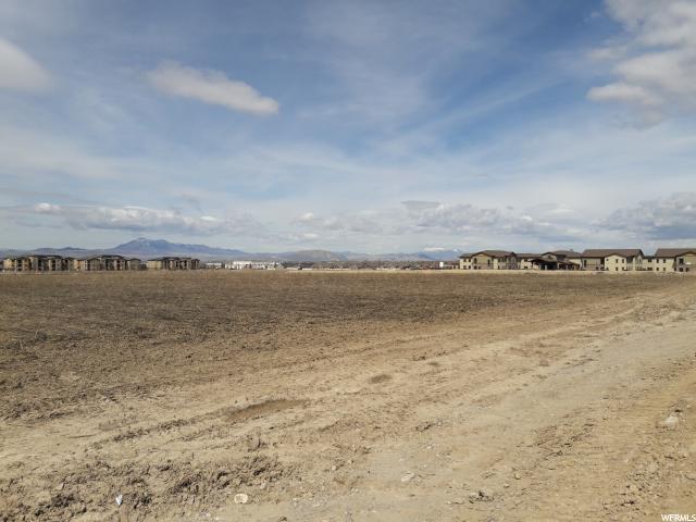 Terrain pour l Vente à 2100 N 400 E 2100 N 400 E North Logan, Utah 84341 États-Unis