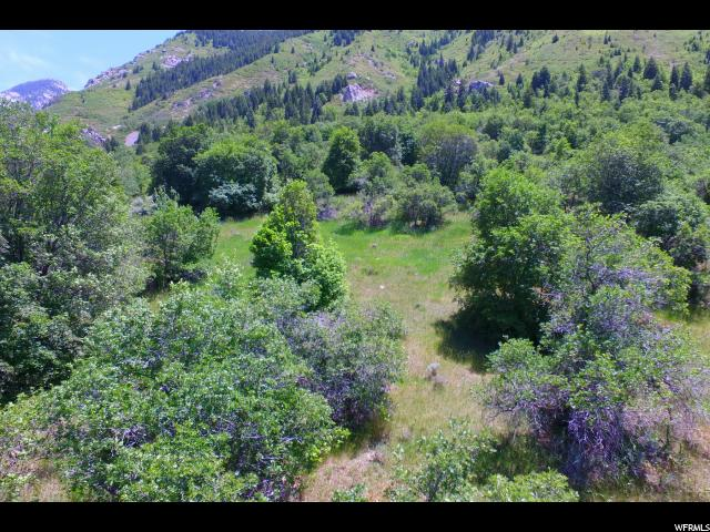Additional photo for property listing at 3870 E ALTA APPROACH 3870 E ALTA APPROACH Sandy, Utah 84092 United States